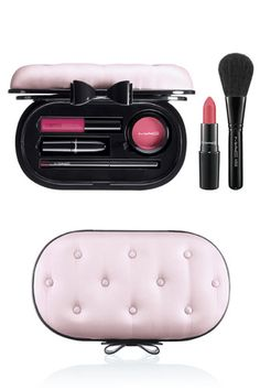 MAC's Cheeky-Chic Holiday '12 Collection: MAC Cosmetics Divine Desire Palette in Paramour Pink