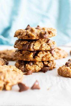Chewy Healthy Oatmeal Chocolate Chip Cookies (Vegan, Gluten-Free, Refined Sugar-Free) - Beaming Baker