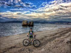 Aquecimento no dia anterior à 7 Volta a Ilha de Florianópolis de bike! #love #strava #pedal #mtb #ciclismo #bike #ascombai #italiabrasil #florianopolis #voltadailha #ilhadamagia #beach #praias #floripa #cicloturismo #happy #7voltaailhadebike #bike #bikers #island #nature #natureza #paz #adventure #aventura #santacatarina #mountainbike #nqfs #lifestyle #life