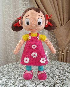 """ถูกใจ 222 คน, ความคิดเห็น 11 รายการ - Gklp_filiz (@toys_filiz) บน Instagram: """"Herkese merhaba . . . . #amigurumi #handmade #amigurumidoll #amigurumist #organikoyuncak…"""" Amigurumi Doll, Amigurumi Patterns, Doll Patterns, Crochet Patterns, Felt Dolls, Crochet Dolls, Doll Toys, Love Crochet, Crochet Baby"""
