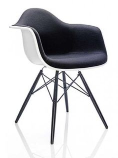 eames plastic arm chair daw. Black Bedroom Furniture Sets. Home Design Ideas