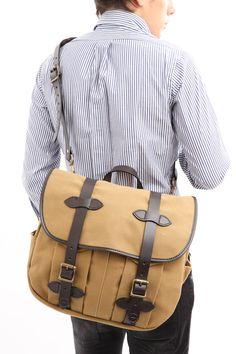 Rakuten: (product made in Filson )LARGE SHOULDER BAG cotton twill oil finish large shoulder bag KHAKI( khaki, KK)MADE IN USA (United States))- Shopping Japanese products from Japan