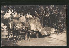 old postcard: Foto-AK Sächsische Artilleristen auf Festwagen bei Umzug