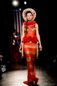 #NewYork ,#TimesSquare. #couture #hifashion #русскийдизайнер #kokoshnik #платьеврусскомстиле #русскийстиль #высокаямода #стиль #fashion #russianstyle #nycouturefashionweek #неделямоды