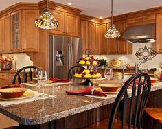 Traditional Kitchen Granite Countertop Design, Pictures, Remodel, Decor and Ideas - page 5