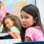 Muchos padres han estado en la situación en la que sus hijos piden no ir a la escuela y en cambio quedarse en casa sin razón aparente, unas de las razones es que pueden estar siendo intimidados por