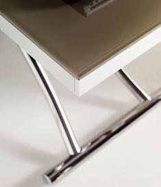 pied de table réglable en hauteur Plus