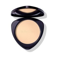 A soft touch: Compact Powder reduces shine and offers an even, flawless complexion. The formulation combines mineral pigments with nourishing ingredients such as anthyllis and silk powder to leave the skin feeling velvety soft and silky smooth. Cleansing Milk, Natural Essential Oils, Natural Cosmetics, Mineral Oil, Organic Skin Care, Natural Skin, Concealer, Fragrance, Make Up
