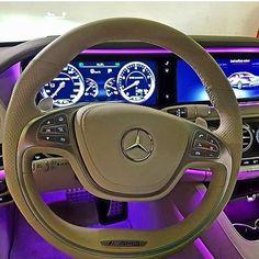 Girly car interiors  __________________________________________#lamborghini #porsche #прикол #turbo #большежогова #гелик #bmw #смотра #smotra #давидыч #moscow #spb #амг #мажорка #majorka #rrk #richkidsofinstagram #richrussiankids #accident  #offroad #drift #выхлоп #свободуэрику #эрикдавидыч #тестдрайвотдавидыча #luxury #s600 #s63amg