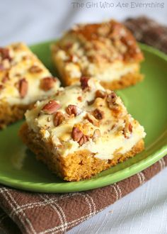 Pumpkin Cream Cheese Bars | The Girl Who Ate Everything  | pumpkin desserts, pumpkin recipes