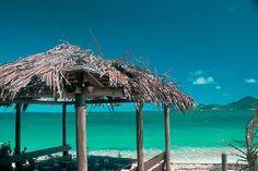 Paillote sur la plage d'Orient Bay à  Saint Martin