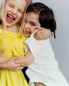 Fresh colors become more playful! Discover new Kids colorful collection Kind Photo, Kids Studio, Koala Kids, Poplin Dress, Girl Inspiration, Photographing Kids, Grafik Design, Summer Kids, New Kids