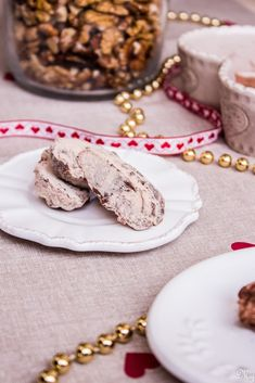 Medvedie labky Cookies, Desserts, Food, Crack Crackers, Tailgate Desserts, Deserts, Biscuits, Essen, Postres