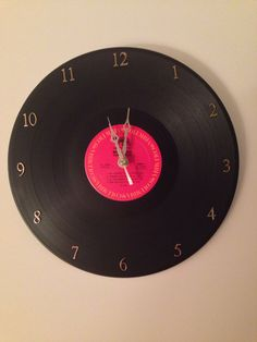 Wall clock from a vinyl record. DIY gift for Brinley?