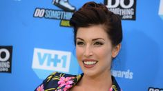 The Associated Press    Los Angeles County coroner says Ryan committed suicide  The Associated Press Posted: Jul 04, 2017 8:30 AM ET Last Updated: Jul 04, 2017 8:30 AM ET      Stevie Ryan, an actress and comedian who gained fame with impersonations of celebrities on YouTube, has died.... - #Celebrity, #Comedian, #Dead, #Entertainment, #Ryan, #Stevie, #World_News, #YouTube
