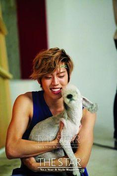 Dongwoo with animals is one of my ultimate weaknesses. #Infinite #kpop #dongwoo #jangdongwoo