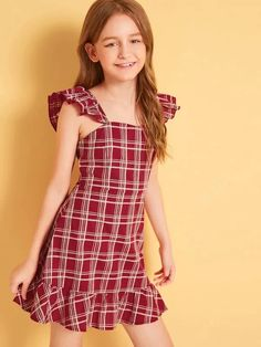 To find out about the Girls Plaid Print Ruffle Hem Dress at SHEIN, part of our latest Girls Dresses ready to shop online today! Cute Girl Outfits, Kids Outfits Girls, Little Girl Dresses, Girls Dresses, Baby Frocks Designs, Kids Frocks Design, Girls Fashion Clothes, Kids Fashion, Fashion Dresses
