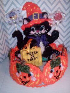 Halloween Black Cat Candy Dish / Halloween by KyLosCraftyCorner