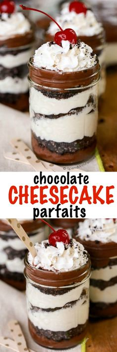 Cheesecake Parfaits are the perfect no bake dessert with layers of chocolate, cheesecake and delicious Oreo cookie crumbs! These are best when made ahead and easy to transport in a mason jar making them the perfect take-along potluck dessert. Potluck Desserts, Mini Desserts, Mason Jar Desserts, Mason Jar Meals, Party Desserts, No Bake Desserts, Dessert Recipes, Baking Desserts, Mason Jar Cakes