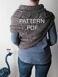 PATTERN PDF  Pattern for DIY District 12 Cowl  by dahliainbloom, $9.99