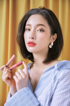 trendy asian makeup 2020 2 « The Beauty Products 3ce Makeup, Beauty Makeup, Hair Makeup, Hair Beauty, Makeup Eyes, Short Hair Styles For Round Faces, Medium Hair Styles, Natural Makeup For Brown Eyes, Korean Short Hair
