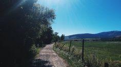 Mi calma se perturba si te beso. #poesia #poema #poetry #poem #versos #landscape #nature #wild #free #trekking #route #france #llivia #lacerdanya #trip #travelling #vsco #vscocam #thursday #morning