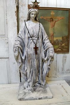 Huge Virgin Mary statue distressed shabby chic Madonna figure French Santos inspired home decor anita spero Madonna, Blessed Mother Mary, Blessed Virgin Mary, Religious Icons, Religious Art, Jungfrau Maria Statue, Virgin Mary Statue, Queen Of Heaven, Mama Mary
