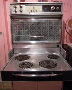 VINTAGE GE PINK OVEN AND STOVETOP | ... ? Just pull out the stove top and it is tea time in no time at all