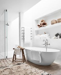 Coastal Bathrooms, Ensuite Bathrooms, Modern Bathroom, Parisian Bathroom, Grand Designs, Family Bathroom, Family Kitchen, Modern Coastal, Luxury Kitchens