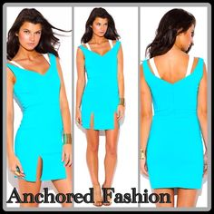 LAS ONE ❣Sky Blue Double Strap🇺🇸 Perfectly fitted with contrasting colored straps and double front skirt slits. This dress is fun and comfortable. 74% Rayon, 22%Nylon, 4%Spandex. MADE IN THE USA🇺🇸 Dresses Mini