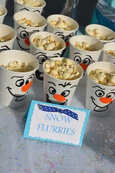 frozen birthday party ideas Heres how to make the ultimate Frozen themed birthday party. From Frozen themed party snacks to Elsa and Olaf goodie bags, to Frozen party games. You can throw this Disney party ideas with lots of things from the dollar store! Disney Frozen Party, Frozen Birthday Party Games, Olaf Birthday, Frozen Themed Birthday Party, 4th Birthday Parties, Frozen Party Food, Disney Themed Party, Disney Party Games, Frozen Games
