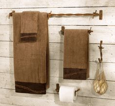 Barbed Wire Bath Hardware Set - 4 Pcs perfect for guest washroom