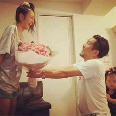 木下優樹菜&藤本敏史夫妻のプロポーズ記念日に感動の声「素敵すぎる」「理想の夫婦」