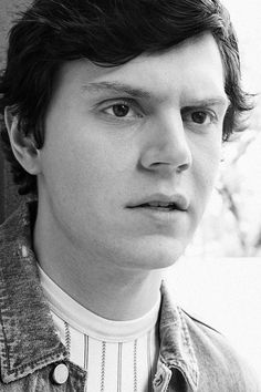 "good-looking-men: "" ""Evan Peters "" """