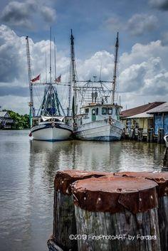 Louisiana Swamp, New Orleans Louisiana, Louisiana Art, Cajun Night Before Christmas, Shrimp Festival, Boat Drawing, Shrimp Boat, Ocean Springs, Boat Painting