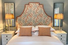 Home Decor Furniture, Home Decor Bedroom, Bedroom Ideas, Cottage Hallway, French Country Bedrooms, Headboard Designs, Luxury Sofa, Headboards For Beds, Dream Bedroom