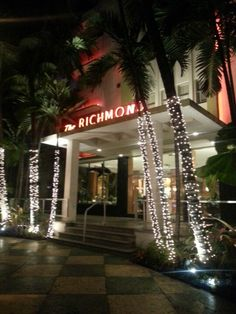 Richmond Hotel: Designed in the early 1940s by L. Murray Dixon, this oceanfront Art Deco masterpiece offers luxurious accommodations with state-of-the-art amenities. #Miami #Hotels