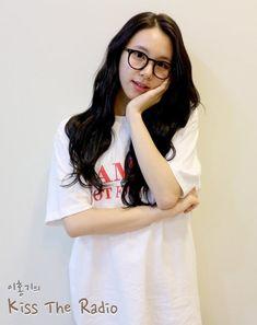 "Twice-Chaeyoung ""Kiss the Radio"""