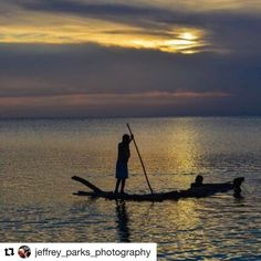 For some the sea is leisure. For some a way of life. #reiseliv #reisetips #reiseblogger #reiseråd  #Repost @jeffrey_parks_photography (@get_repost)  I'le Sainte Marie Madagascar