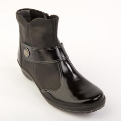 Rosa Ladies Boot E - A great ankle boot, with smart patent leather toe, and a side zip fastening.