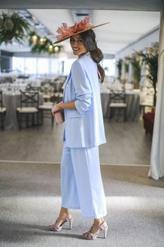 Fiesta Outfit, Vogue Wedding, Nice Dresses, Event Dresses, Androgynous Fashion, Hijab Fashion, Women's Fashion, Camille, Blazers