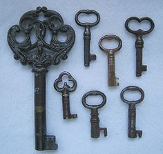 If I were ever to become an avid collector of anything, skeleton keys may be my item of choice. Thanks to South Africa, I'm already at 1.