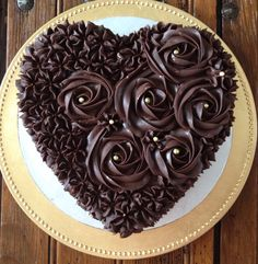 Chocolate and strawberry Valentine& cake Cake Icing, Buttercream Cake, Cupcake Cakes, Heart Shaped Cakes, Heart Cakes, Chocolate Cake Designs, Chocolate Recipes, Cake Chocolate, Beautiful Chocolate Cake