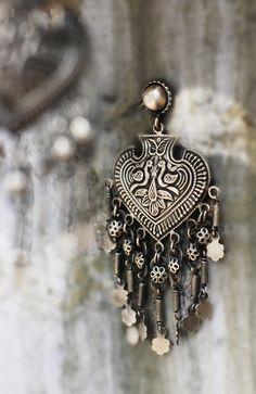 #shadesofspring #silver #earring