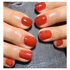 華奢なデザインが映える  紅海老茶色  シンプルなデザインが一番好きです。  #pinupinu#gelnail