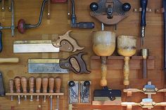 Harry was Carpenter and Joiner in 1901 and recorded as a Carpenter in . Workshop Cabinets, Garage Workshop, Tool Cabinets, Workshop Ideas, Sam Maloof, Carpenter Tools, Old Tools, Wood Boxes, Carpentry