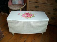 Beautiful Vintage Lloyd Loom Storage Ottoman, Roses, Shabby Chic Blanket Box