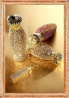 Swarovski crystals- probaly bottlr perfum.(small is)