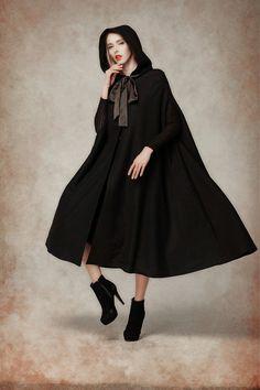 capa con capucha negro maxi capa con capucha por camelliatune