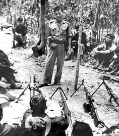 Highly trained North Vietnamese Army and Viet Cong soldiers fought against US troops in Hue. Vietnam History, Vietnam War Photos, Us History, Military Veterans, Vietnam Veterans, North Vietnamese Army, Ho Chi Minh Trail, South Vietnam, American War